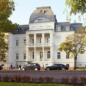 Accomodation PHAEYDE Hair Transplantation Clinic Budapest
